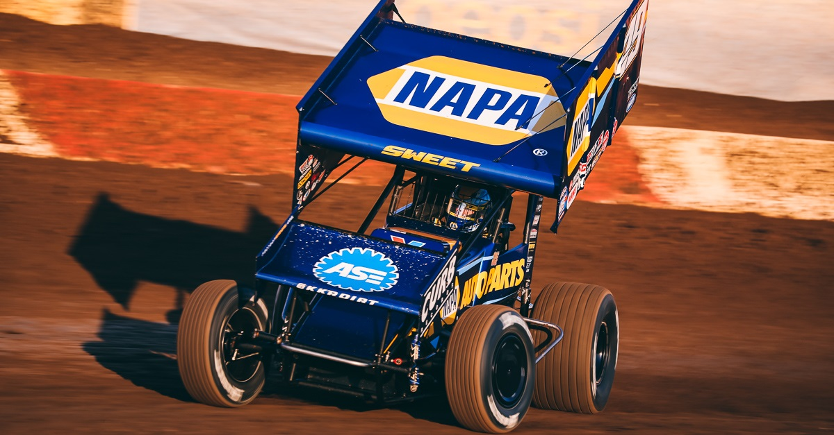 Brad Sweet NAPA AUTO PARTS 49 World of Outlaws Perris 2019 feat