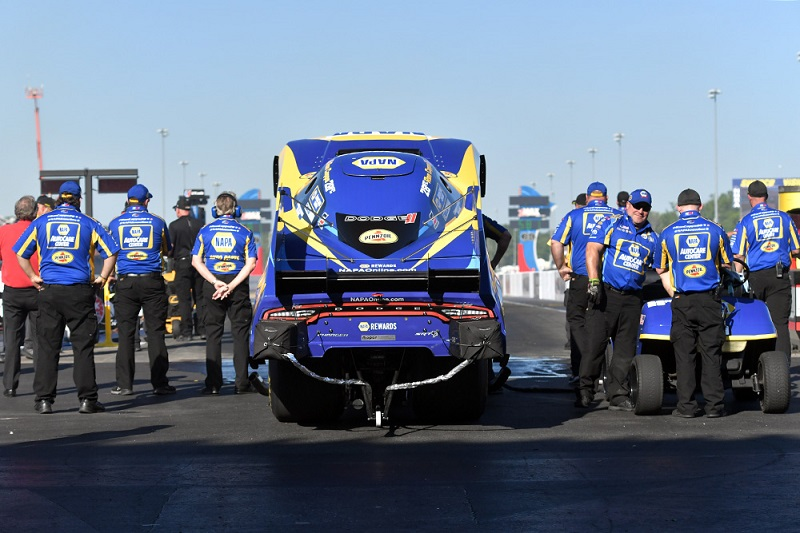 Ron Capps Charlotte 4-wide NAPA AUTO PARTS funny car NHRA team body up