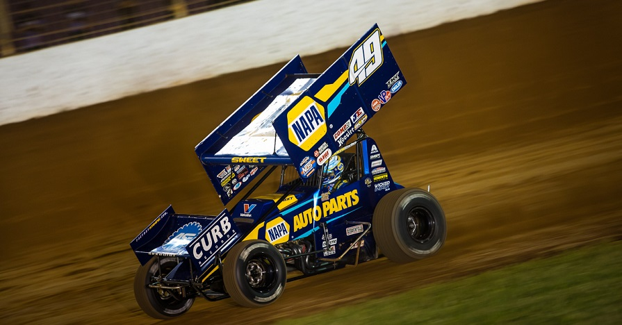 Brad Sweet 49 NAPA AUTO PARTS Outlaws sprint car inaugural Patriot Nats