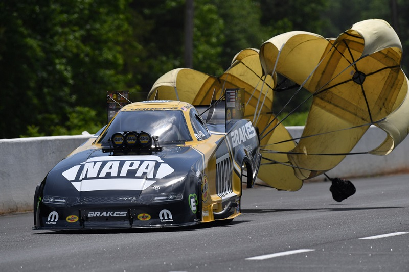 Ron Capps Southern Nationals winner 2019 NHRA NAPA Brakes Funny Car