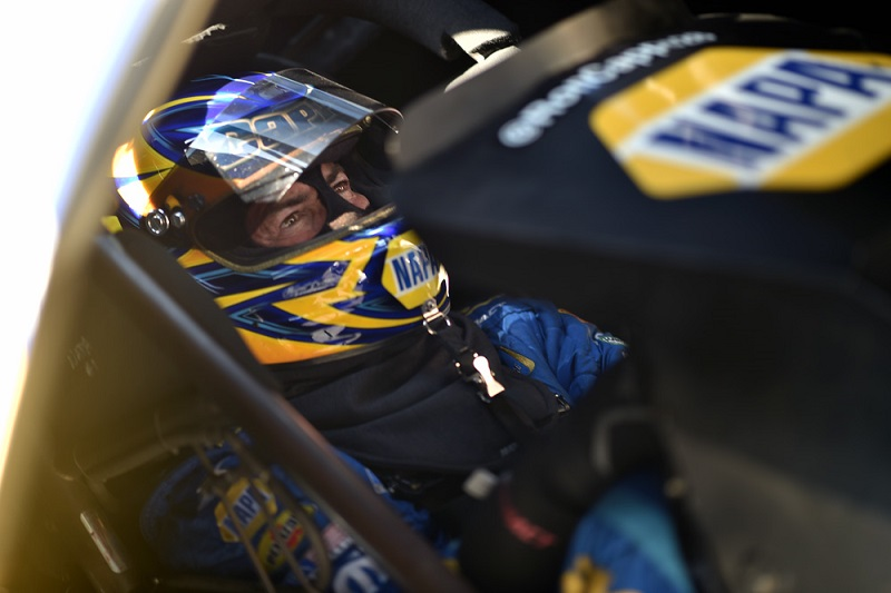 Ron Capps Topeka 2019 NAPA AUTO PARTS funny car NHRA Heartland Nationals