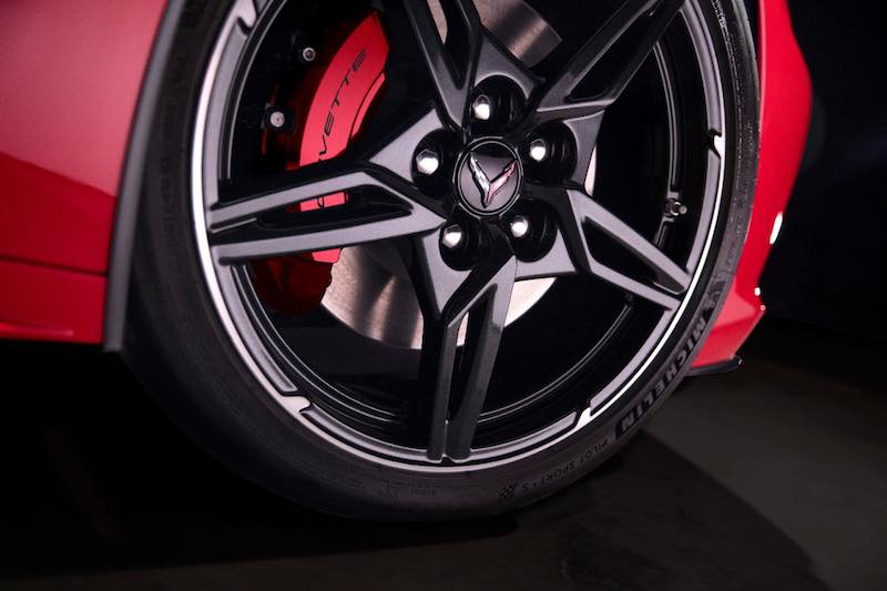2020 Chevrolet Corvette Stingray wheel