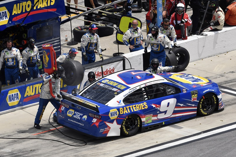 Elliott Finishes 35th at Daytona after Being Collected in Multi-Car