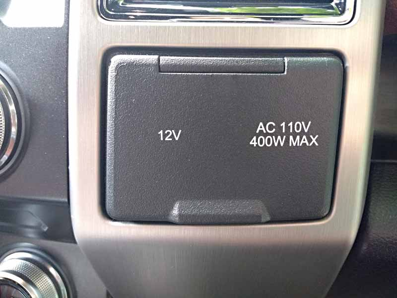 2018 Ford F-150 Diesel 4x4 SuperCrew Platinum power outlet