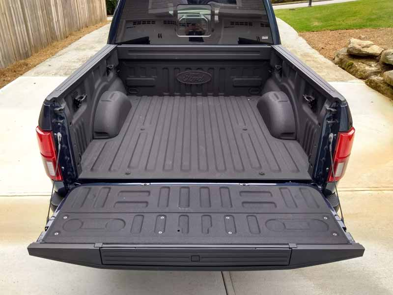 2018 Ford F-150 Diesel 4x4 SuperCrew Platinum bed with tailgate open