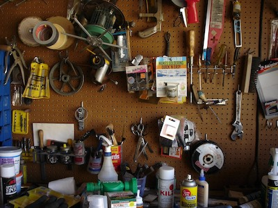 How to Decorate Your Garage