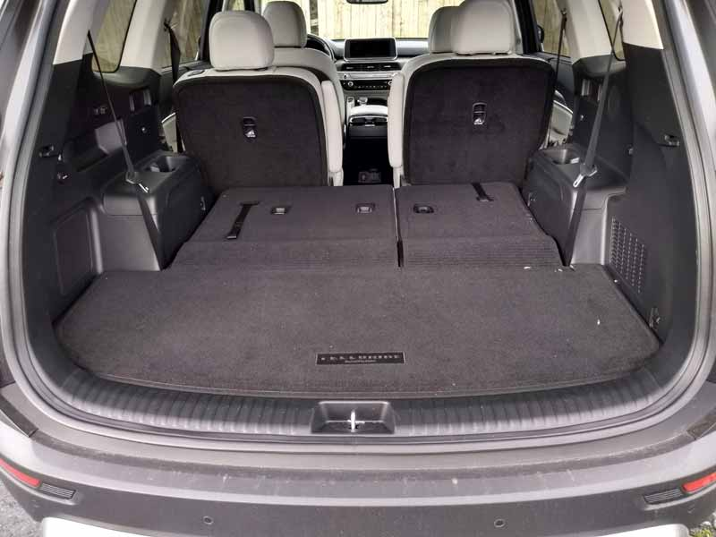 Kia Telluride third row seats folded down