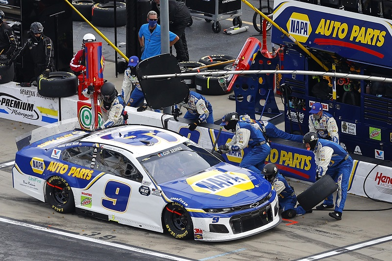 HAMPTON, GEORGIA - JUNE 07: Chase Elliott, driver of the #9 NAPA Auto Parts Chevrolet, pits during the NASCAR Cup Series Folds of Honor QuikTrip 500 at Atlanta Motor Speedway on June 07, 2020 in Hampton, Georgia. (Photo by Kevin C. Cox/Getty Images)