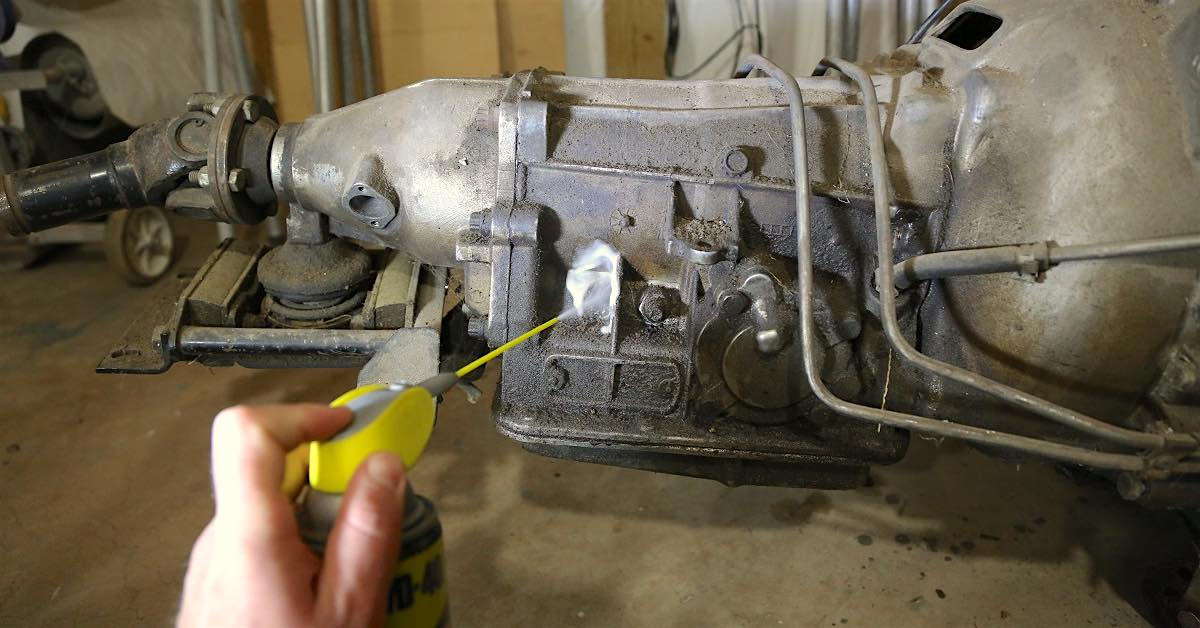 Gunk Removal! Cleaning Dirty Parts with WD-40 Degreaser