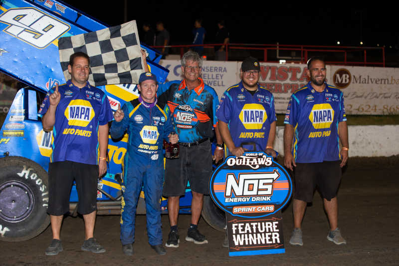 Brad Sweet NAPA AUTO PARTS 49 Outlaws I80 Speedway win