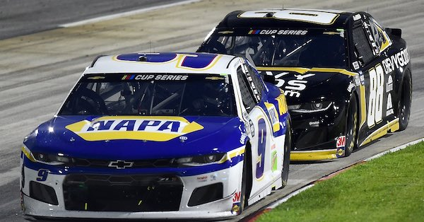 MARTINSVILLE, VIRGINIA - JUNE 10: Chase Elliott, driver of the #9 NAPA Auto Parts Chevrolet, leads Alex Bowman, driver of the #88 ChevyGoods.com/Adam'sPolishes Chev, during the NASCAR Cup Series Blue-Emu Maximum Pain Relief 500 at Martinsville Speedway on June 10, 2020 in Martinsville, Virginia. (Photo by Jared C. Tilton/Getty Images)