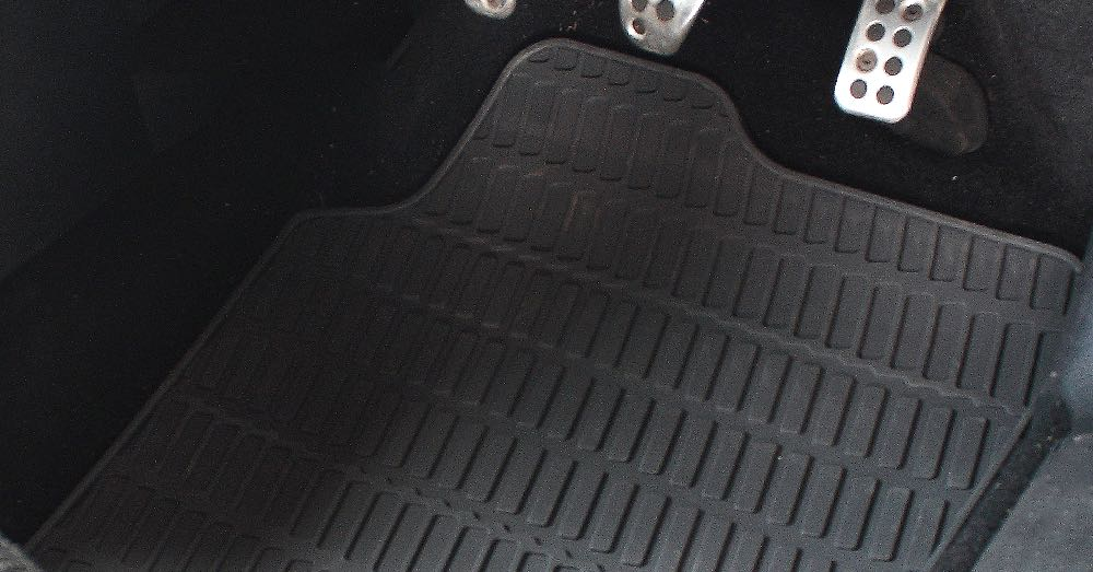 seasonal car mats