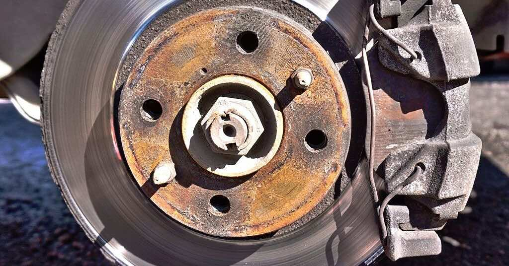 Brake rotor with rust