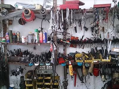 Car workshop tools