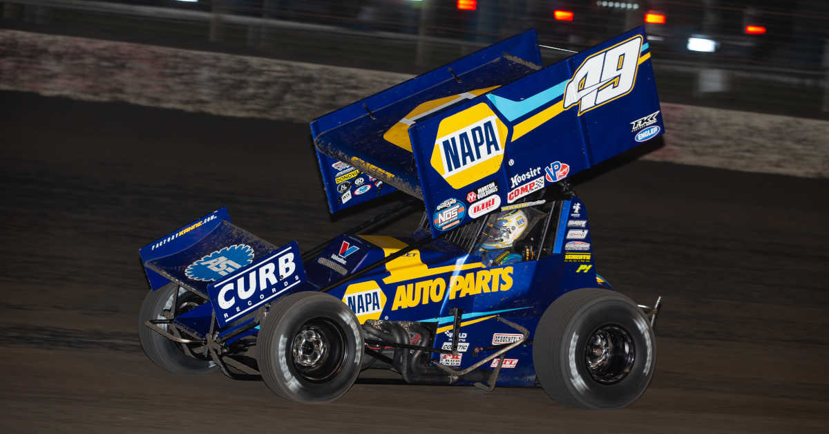 Brad Sweet NAPA AUTO PARTS 49 Outlaws sprint car Lakeside Ozark