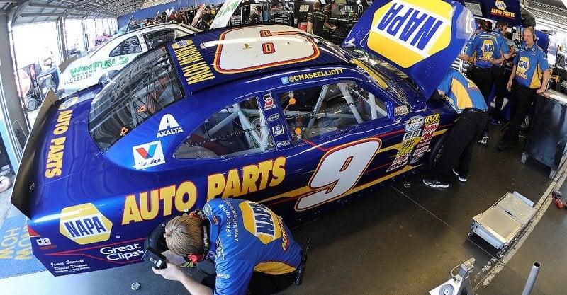 Chase Elliott, NAPA, Daytona, No. 9, Chevrolet, NASCAR, Nationwide Series, garage