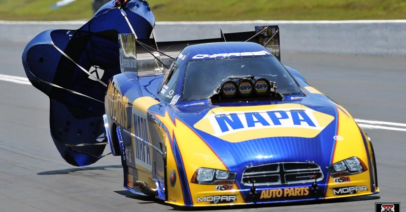 Capps NAPA Funny Car Bristol Dragway 2014 Chutes