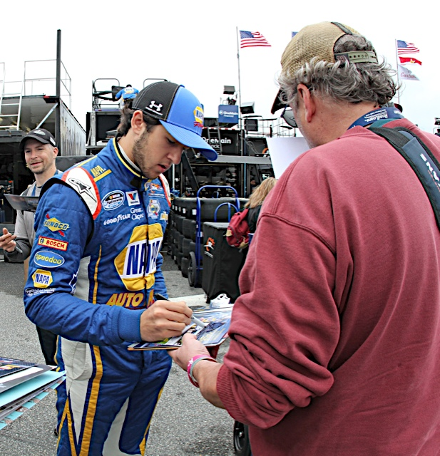 Chase Elliott Nationwide Series Dover International Speedway 2014 fan
