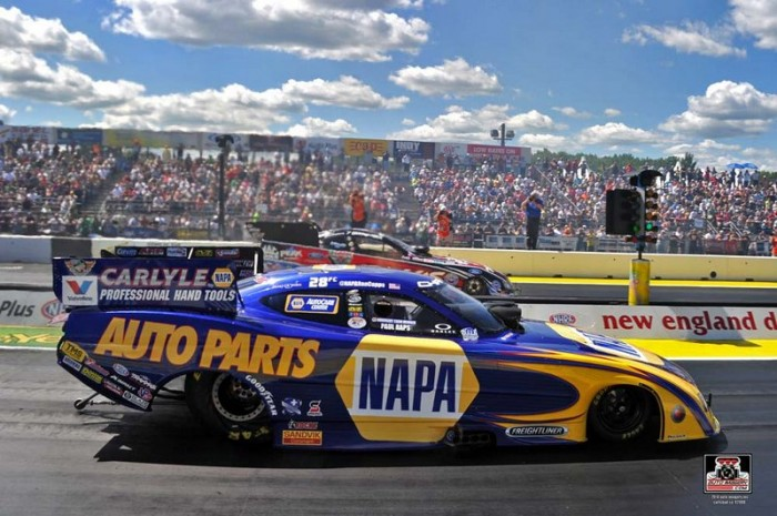 Ron Capps NAPA AUTO PARTS Dodge Funny Car Epping 2014 WINNER start