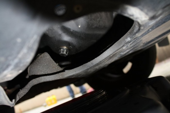 skipping an oil change - NAPA Know How Blog_drain plug