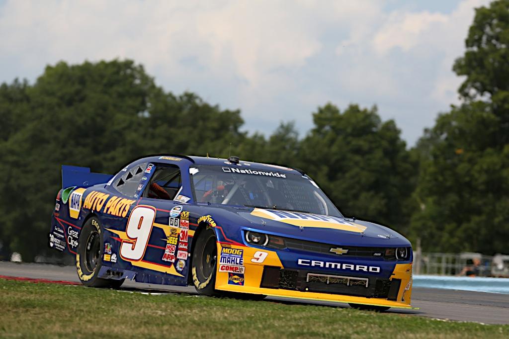 Chase Elliott Watkins Glen 2014 NASCAR Nationwide Series road course pass side