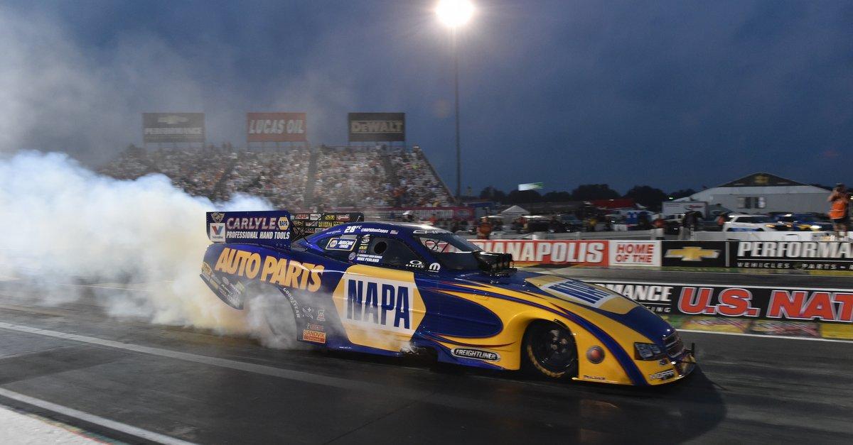 Ron Capps burnout Indianapolis 2014