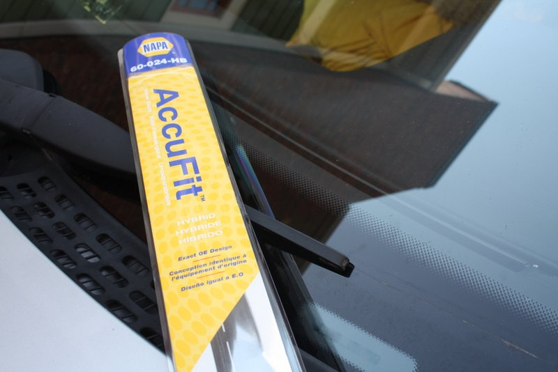 replace wiper blades - NAPA Know How blog AccuFit OE match