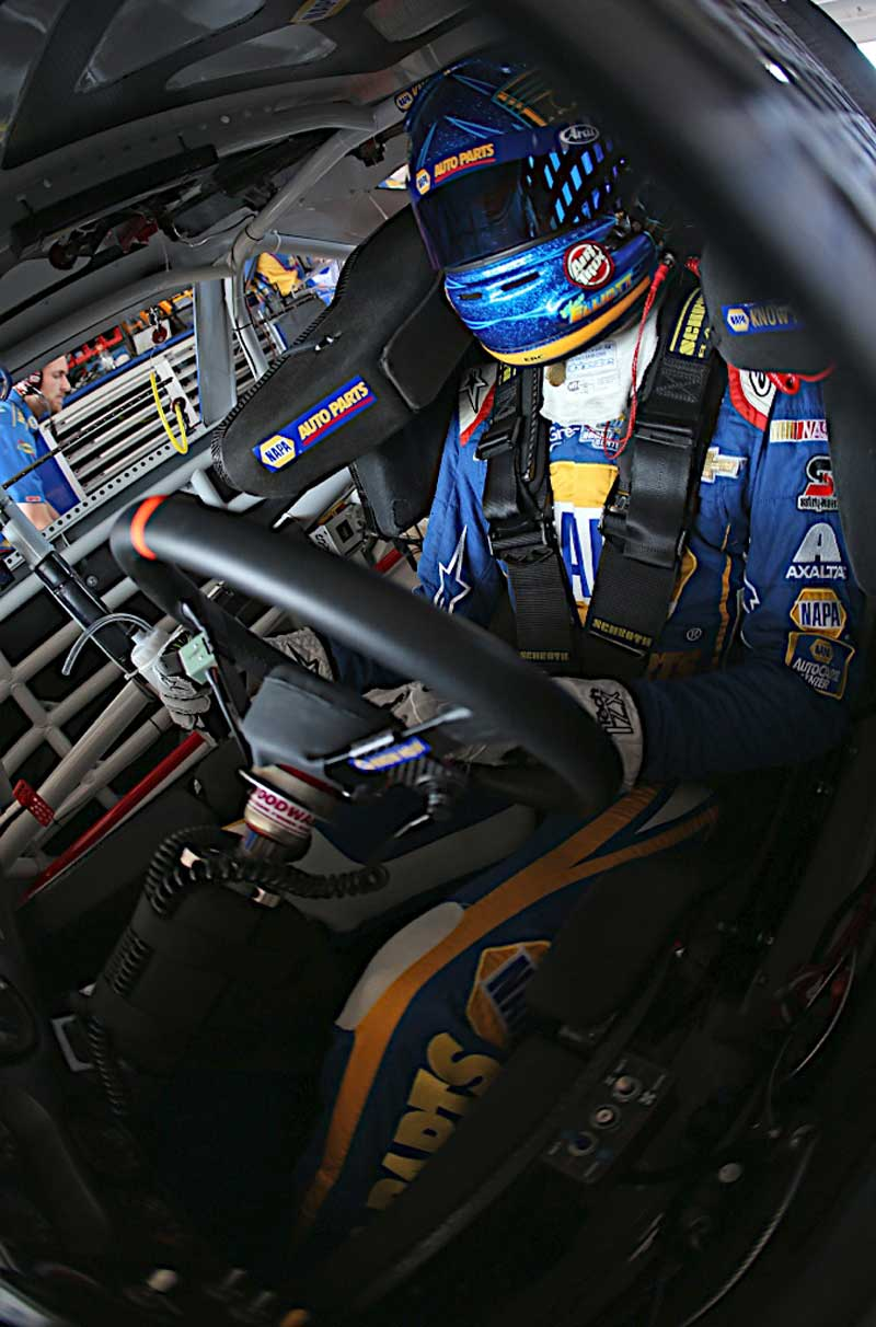 November 14, 2014: Chase Elliott during practice at Homestead - Miami Speedway in Homestead Fl. (HHP/Harold Hinson)