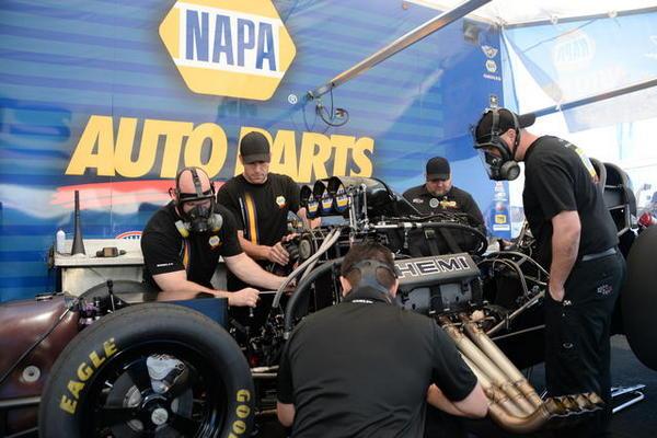Ron Capps NAPA AUTO PARTS NHRA Funny Car Pomona 2015 Crew
