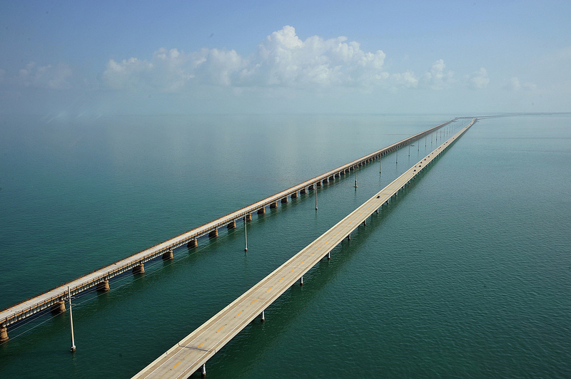 Seven Mile Bridge by Sathish S on Flickr