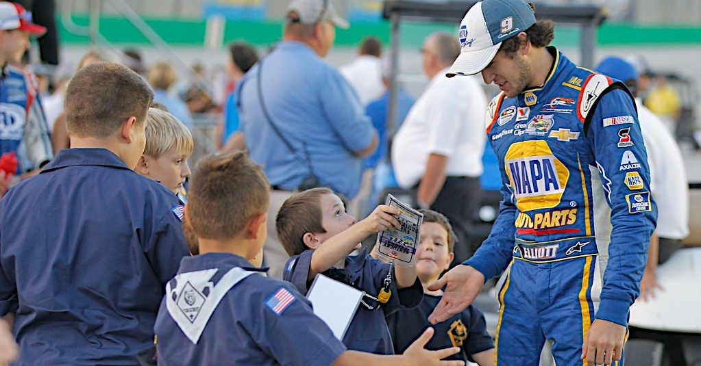 Chase-Elliott-NASCAR-Xfinity-Series-MPD-candidate-Young-fans