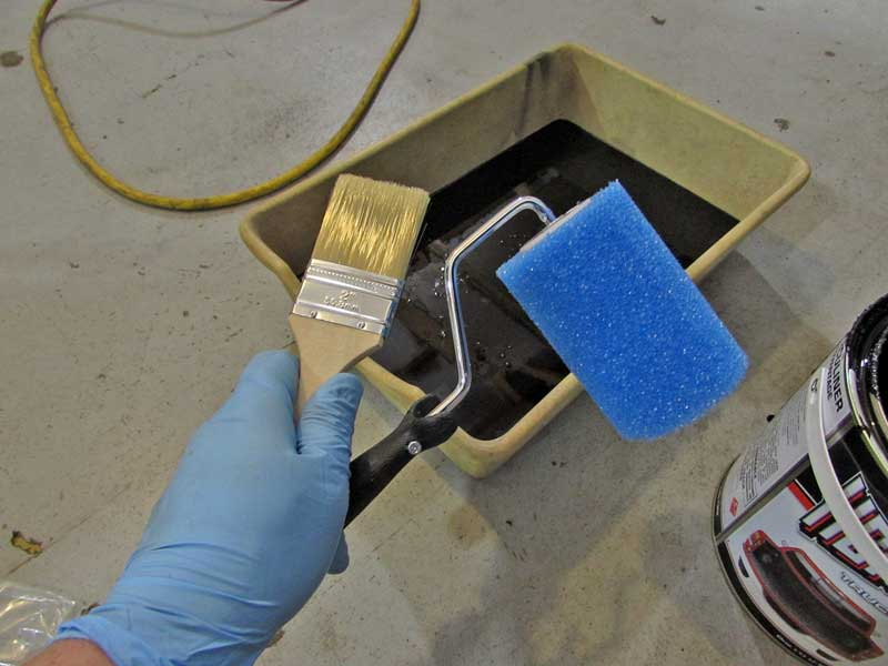 The kit comes with a roller and a brush. You can also use a spray gun with a 2.5 tip.