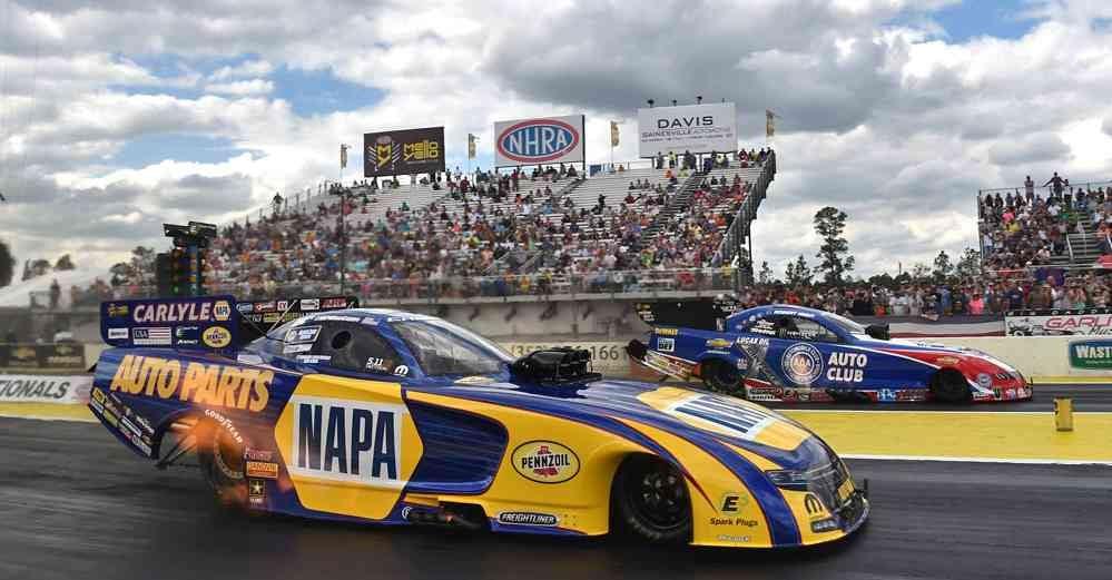 Ron-Capps-NAPA-AUTO-PARTS-Funny-Car-NHRA-Gatornationals-Final-Round