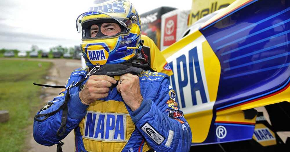 Ron-Capps-NHRA-SpringNationals-2016-Houston-NAPA-AUTO-PARTS-Dodge