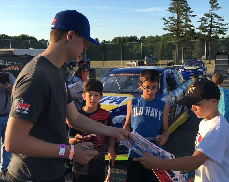 Todd Gilliland meeting young fans autographs Thurs Stafford 2016