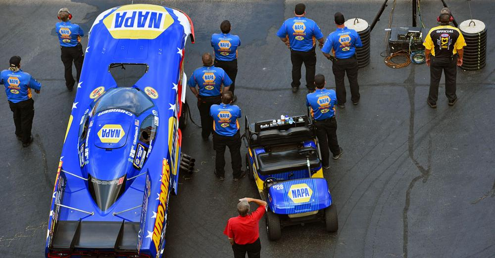 Ron-Capps-Route-66-Nationals-2016-NAPA-AUTO-PARTS-Intrepid-Heroes-NHRA-Funny-Car-Staging