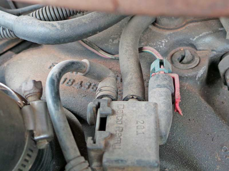 A cracked vacuum hose will cause all kinds of issues. Erratic idle is a good sign you have a vacuum leak.