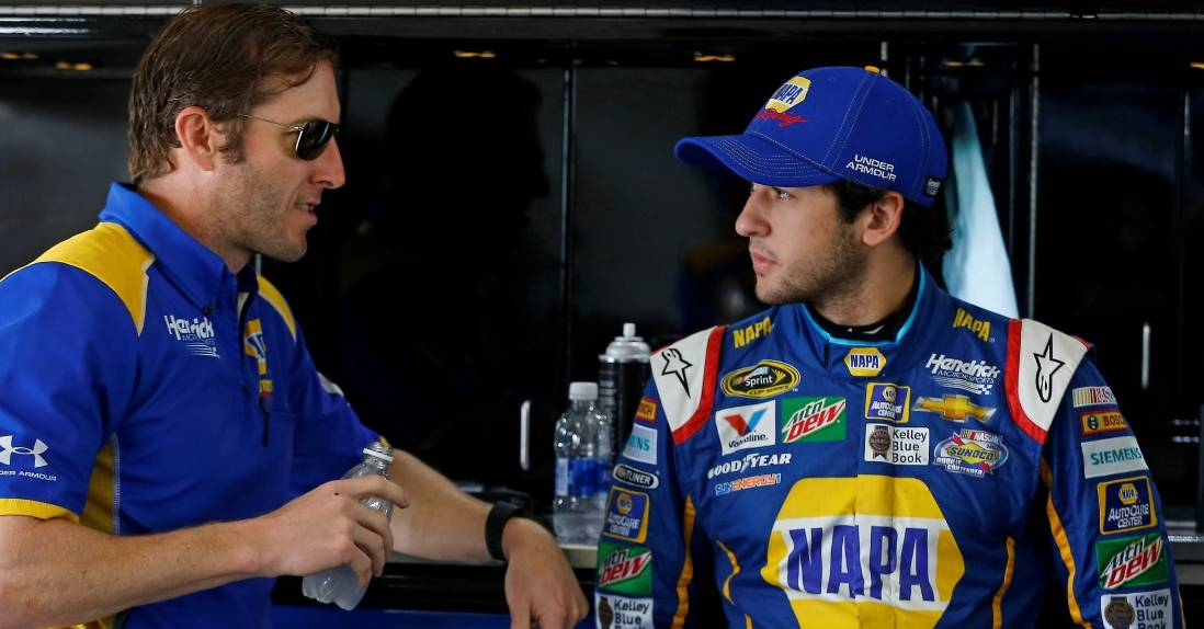 Catching-up-Chase-Elliott-NAPA-AUTO-PARTS-24-NASCAR-Alan-Gustafson