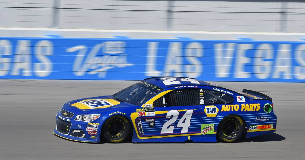 2017 Monster Energy NASCAR Cup Series - Kobalt 400 Las Vegas Motor Speedway - Las Vegas, NV USA Sunday 12 March 2017 Chase Elliott World Copyright: Nigel Kinrade/NKP