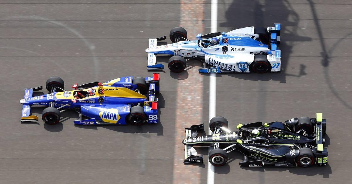 Alexander-Rossi-Indy-500-2017-NAPA-AUTO-PARTS-Andretti-98-yard-of-bricks.j