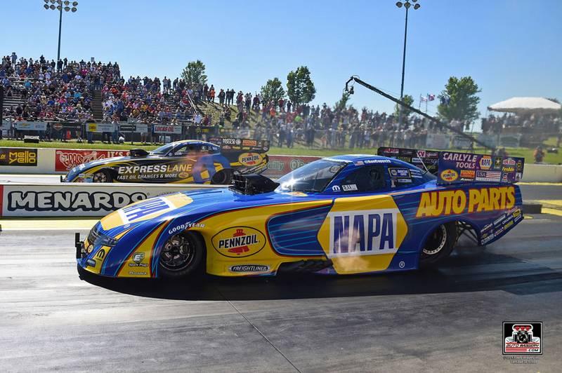 Capps-wins-Atlanta-NHRA-Southern-Nationals-NAPA-AUTO-PARTS-Funny-Car-Final-Round
