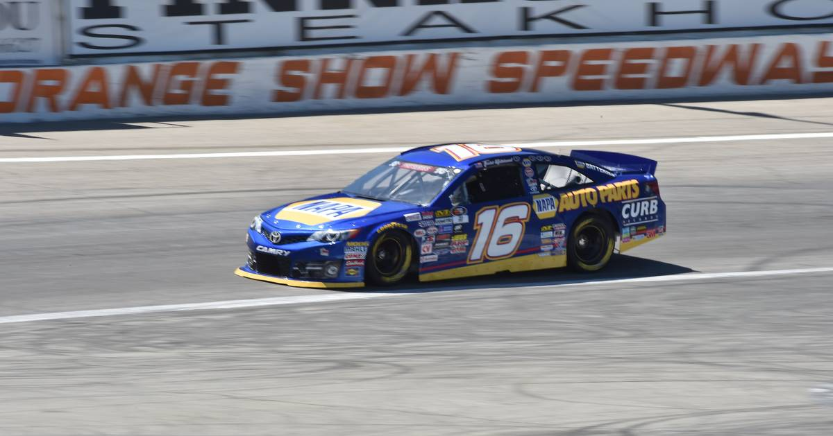 Gilliland-Orange-Show-NAPA-AUTO-PARTS-16-Toyota-2017-track.