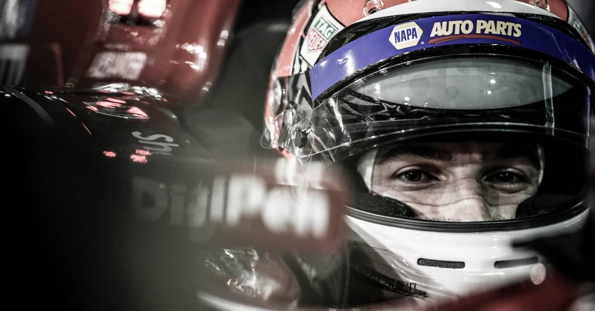 Alexander-Rossi-IndyCar-Gateway-Motorsports-Park-2017-NAPA-AUTO-PARTS-98-office