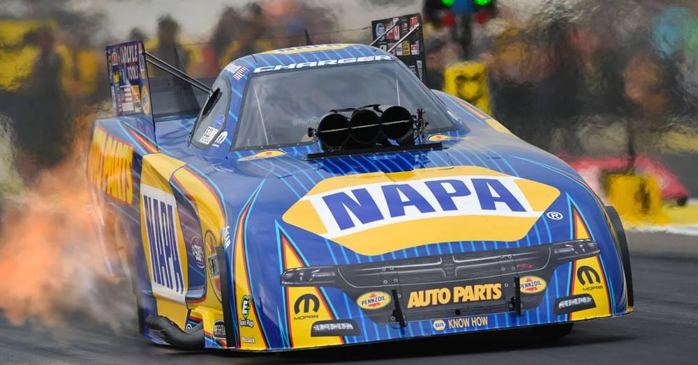 Ron-Capps-Brainerd-2017-NHRA-Funny-Car-NAPA-AUTO-PARTS
