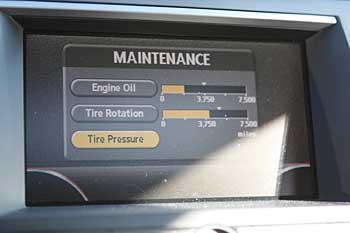 Engine oil life indicator