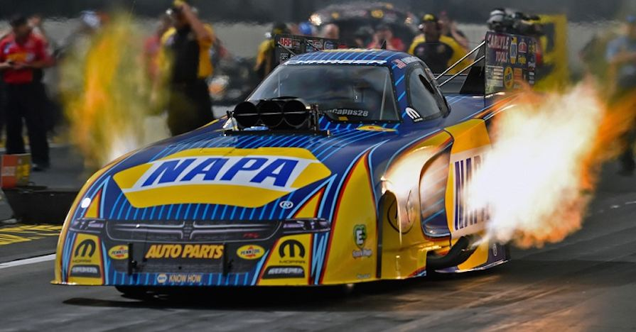 Ron Capps NHRA Winternationals, funny car engine maintenance
