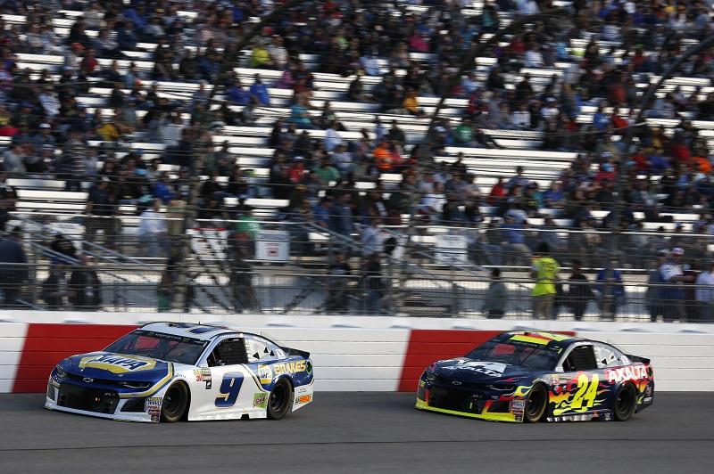 #9: Chase Elliott, Hendrick Motorsports, Chevrolet Camaro NAPA Auto Parts #24: William Byron, Hendrick Motorsports, Chevrolet Camaro AXALTA