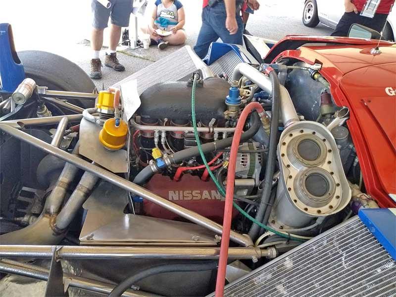Nissan racecar engine