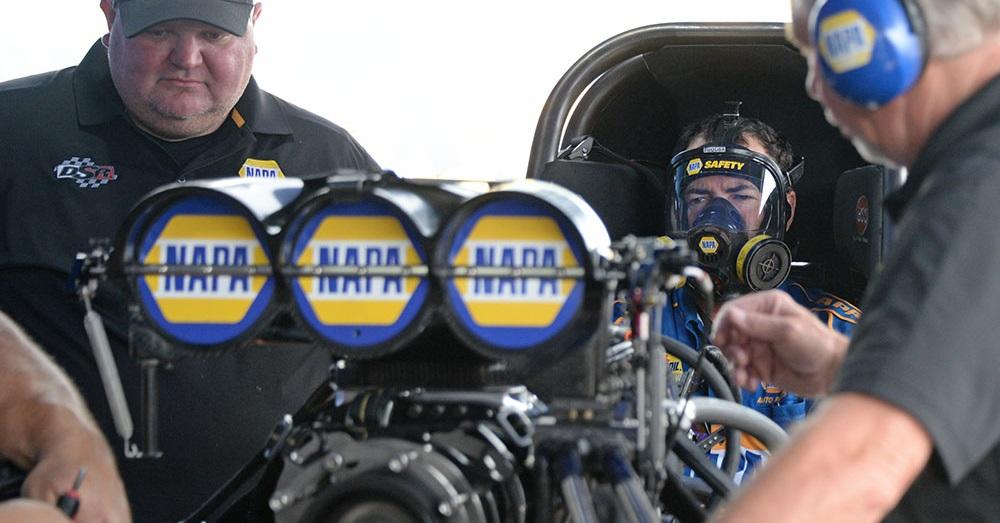 Ron-Capps-Virginia-NHRA-Nationals-2018-NAPA-AUTO-PARTS-fc-warm-up