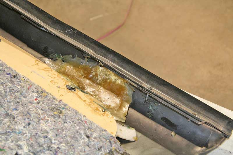 The previous repair of fiberglass didn't take because it just doesn't stick very well and has very little flexibility.